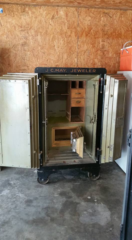 Moving An Antique Mosler Double Door Safe Tarrant County