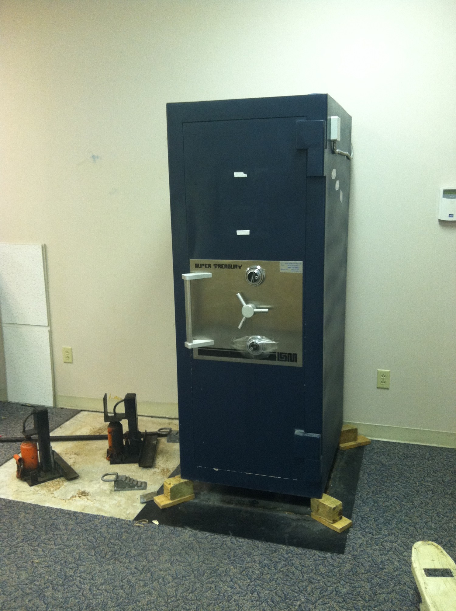 Moving An Ism Super Treasury Tl 30 Bank Safe Tarrant