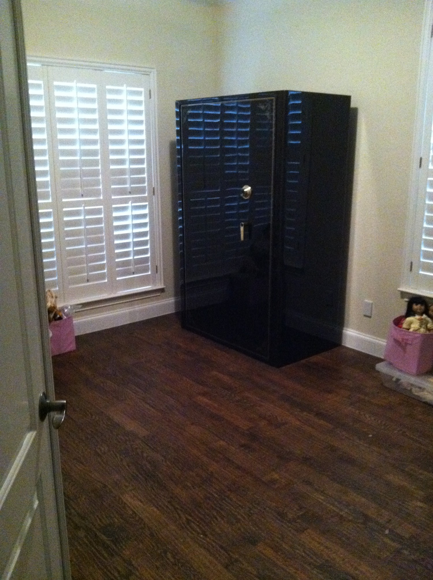 Brand new gun safe we installed tarrant county lock safe for Custom home safes
